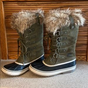 Sorel Joan of Arctic Faux Fur Top Winter Boots 9.5